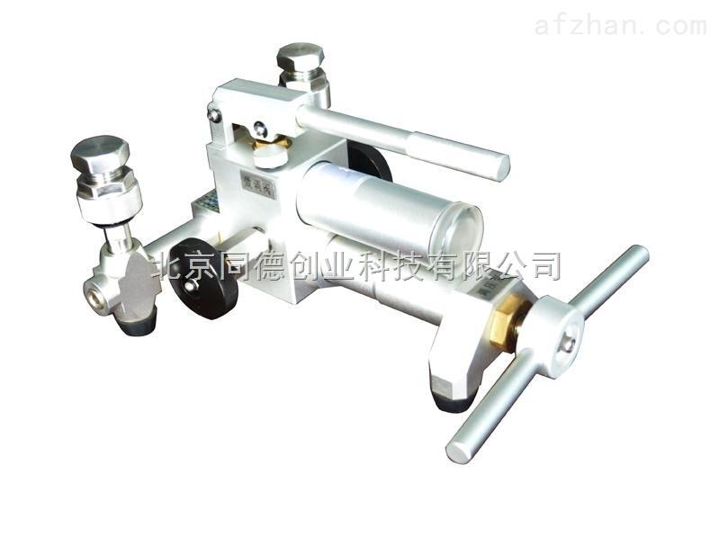 厂家促销便携液压泵型号:tdw131图片