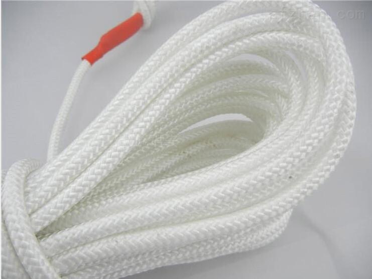 高空作业安全绳 安全绳标准 安全绳价格 安全绳使用方法 吊装带 柔性吊带 消防安全绳 尼龙绳 安全绳型号 编织安全绳高空作业安全绳 产品系列: 安全绳 产品名称: 编织安全绳 安全绳 具体规格: 长度:1米 直径:8~10毫米;12~20毫米; 颜色:白色线条 材质:高强尼龙 工艺:全编 编织安全绳的特点: 强度大、耐磨、耐用、耐霉烂、耐酸碱,简易轻便。使用说明:每次使用安全绳时,必须作一次外观检查,在使用过程中,也注意查看,在半至一年内要试验一次,以主部件不损坏为要求。如发现有破损变质情况及时反映并停止