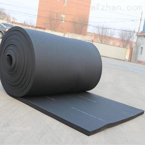 浅析橡塑保温板、管的特性: