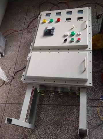 5.5kw一拖二变频柜电机防爆控制柜