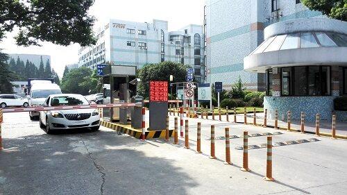 蓝卡车牌识别实现漕河泾开发区停车场定制化