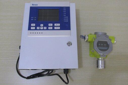 产品概述: 龙岩天然气报警器厂家 可燃气体报警器价格 控制器通过查询方式获得探测器信息,经高速CPU数据处理,通过LCD显示出探测器相应的浓度、状态并输出相应的控制信号。本产品设计遵循国标GB16808-2008。控制器外形美观、显示界面清晰、操作简单,产品整机采用模块化结构设计,便于维护。 产品特点: 工作方式 M-BUS 2总线通讯,负载容量≤60路。 可靠性高 CPU采用16位单片机,运行速度快,可靠性高。 操作方便 可对在线探测器远程校零,标定;可手动联动信号输出。 安全性高 多重密码保护