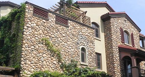 红砖外墙欧式别墅